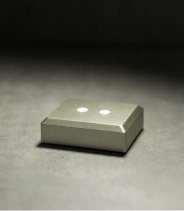 Šviečiantys LED padėkliukai